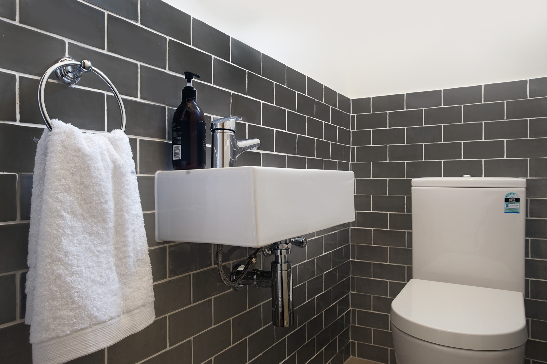 Bathroom Renovations Eltham | Customised Designs - M.J ...