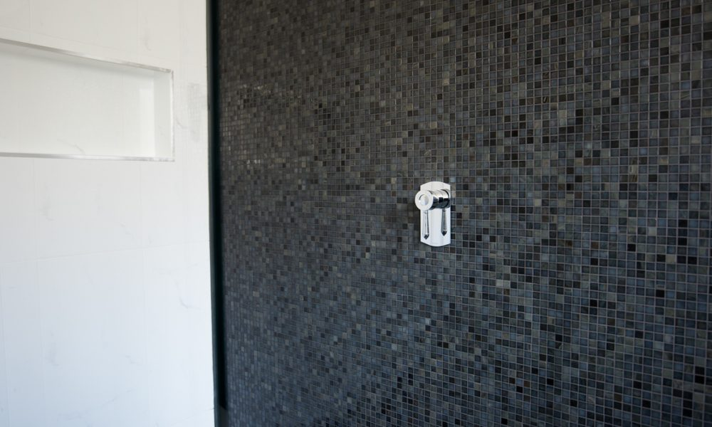 melbourne bathroom renovation with mosaic tiles