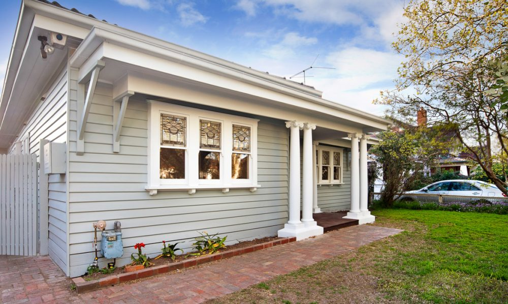 Exterior carpentry and painting melbourne