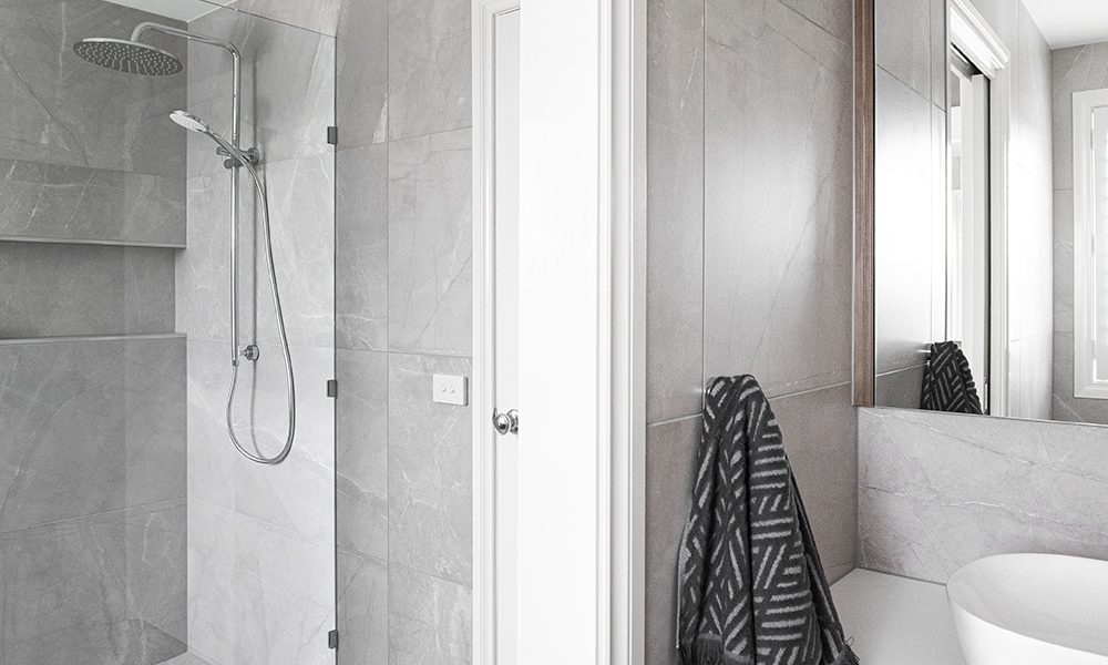 Bathroom and WC renovation by MJ Harris Group in Thornbury, Melbourne.