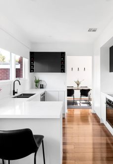 Mooraabbin, Melbourne kitchen renovation by MJ Harris Group